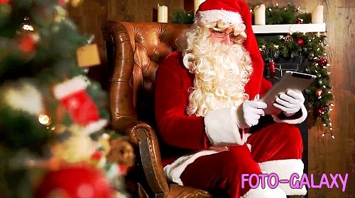 Santa Claus With Magic IPad 332180 - After Effects Templates